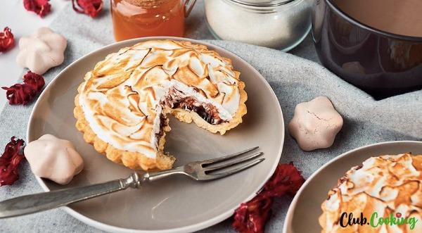 Chocolate-Meringue-Pie-prev.jpg